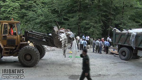 63 کافه غیرمجاز در مسیر جاده و رودخانه زیارت جمع آوری شد