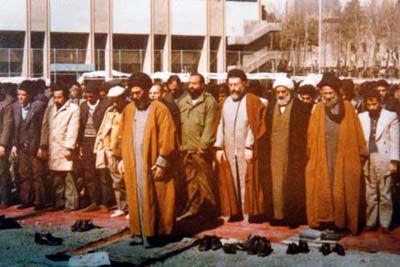 خبر شهادت آیتالله بهشتی چگونه به رهبر معظم انقلاب رسید؟