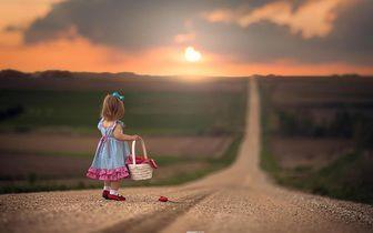 عبور از جاده دنیا با وسایل جانبی