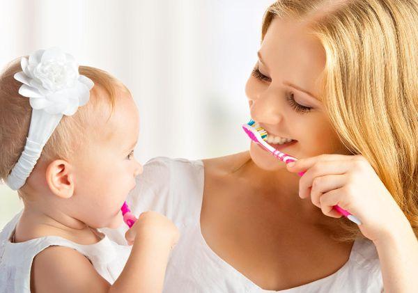 چه زمانی کودک را باید به دندانپزشک برد؟