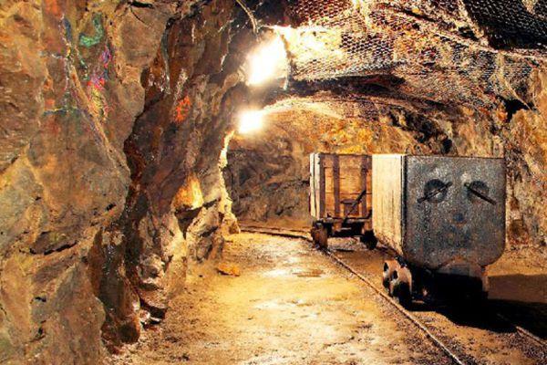 گلستان ۳۳ معدن فعال و 1800 نفرشاغل دارد