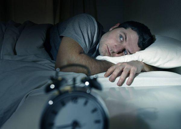 بی خوابی با افزایش ریسک بیماری قلبی و سکته مرتبط است؟