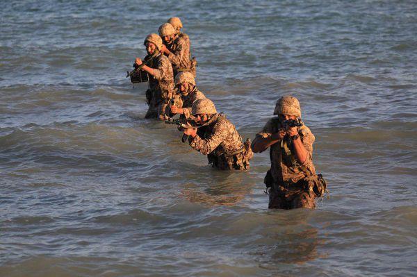 گزارش تصویری /رزمایش تهاجمی سپاه در خلیج فارس