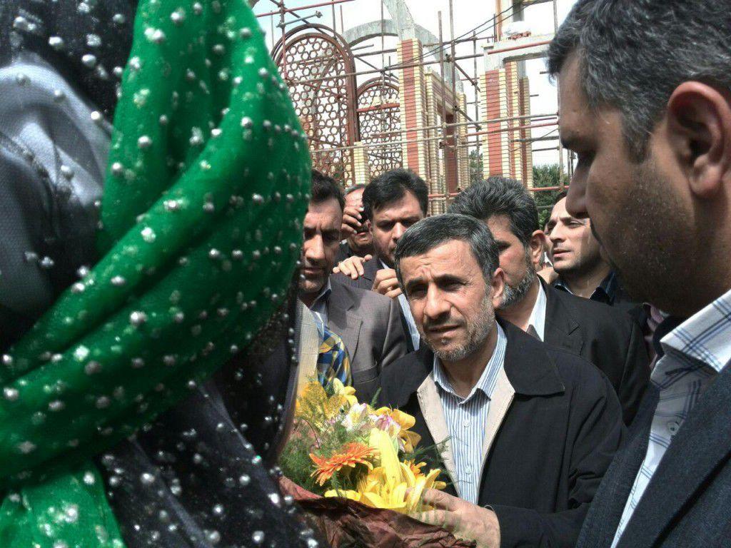 عکس سفر احمدی نژاد به شهرکرد