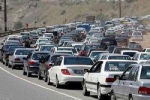 کاهش تردد خودرو و ترافیک روان در جادهها