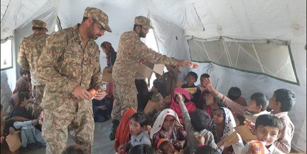 فرمانده نیروی زمینی سپاه در بازدید از مسیر ترکمن به گمیشان احداث پل بیلی و 3 ست بیمارستان صحرایی در بندرترکمن