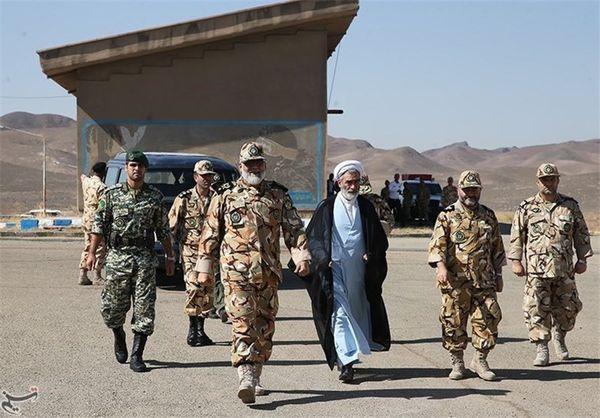 فرمانده نیروی زمینی ارتش از مرز چذابه بازدید کرد