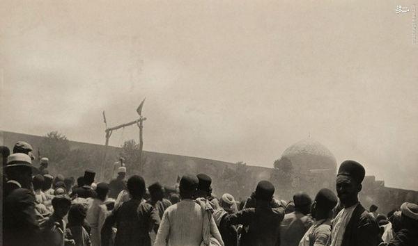 عکس/ اعدام در میدان نقشجهان اصفهان