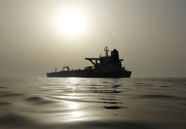 روایت ربیعی از عوامل مشکوک در ماجرای حمله به نفتکش ایرانی