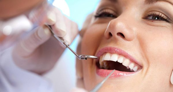 سلامت دهان و دندان با 4 مکمل طبیعی
