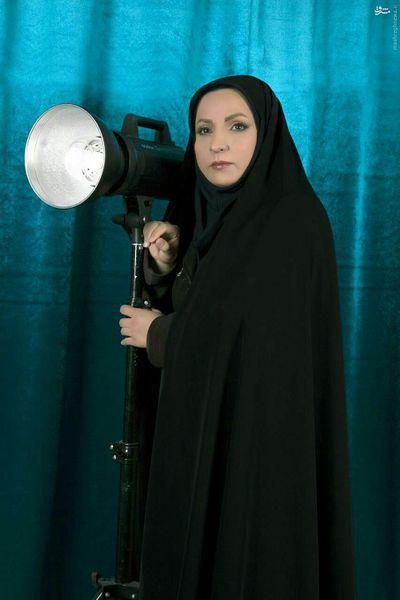 خانم کاندیدایی که با «نورافکن» آمده بود، به دیدار اصلاحطلبان رفت+عکس