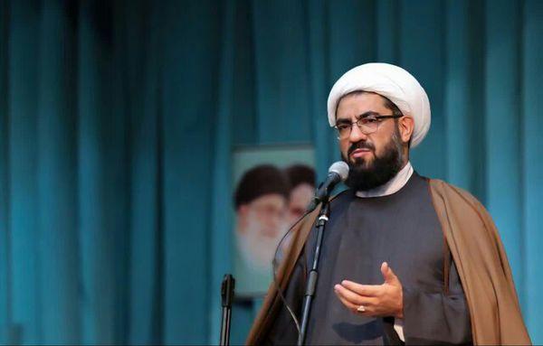 باید برای حفظ انقلاب از تحریف، مواضع و آرمانهای امام را مطالعه کنیم