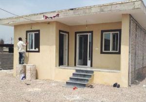 بازسازی دو واحد مسکونی سیل زدگان گلستانی و واگذاری به مالکان