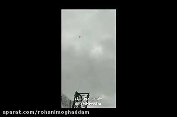 فیلم / شکار پهپاد اسرائیلی با «تفنگ شکاری» یک شهروند لبنانی در جنوب این کشور