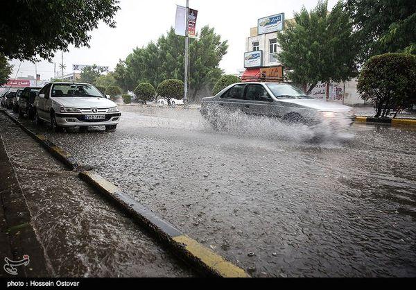هواشناسی ایران ۹۹/۱/۳  هشدار وقوع سیل و آبگرفتگی معابر ۱۸ استان/کولاک برف در مناطق کوهستانی