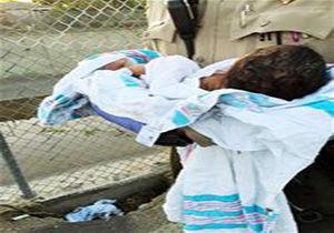 نجات معجزهآسای کودکی که زندهبهگور شد + تصویر