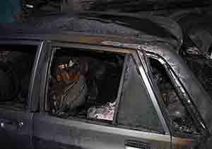 حریق خودروی پراید در پارکینگ منزل مسکونی در گرگان