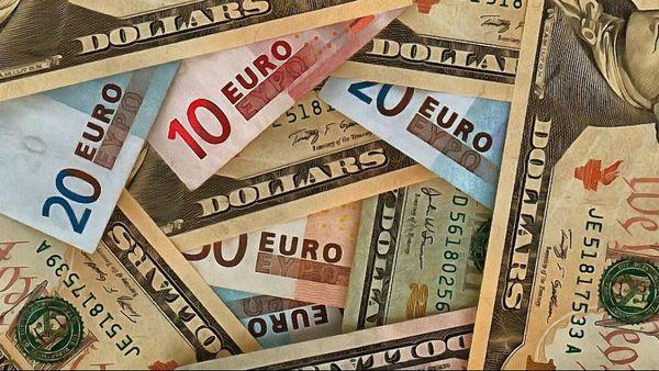 نرخ ۴۷ ارز بین بانکی در هشتم اسفند ۹۷ + جدول
