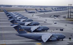 فیلم/ هواپیمای ارتش آمریکا آتش گرفت!