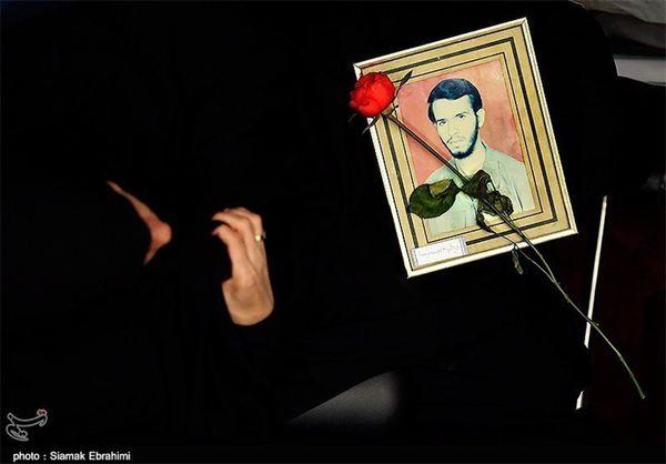 جمع آوری خاطرات مادران شهدا در استان