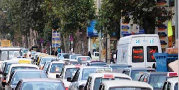 چراغهای راهنمایی برای کاهش و کنترل ترافیک در خیابان ولیعصر گرگان 2 منظوره شدند
