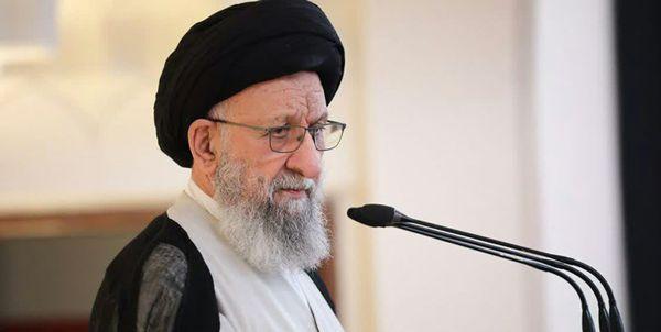مسلمانان در برابر خیانت قرن بایستند/ نهضت امام(ره) بر توطئه دشمنان خط بطلان کشید