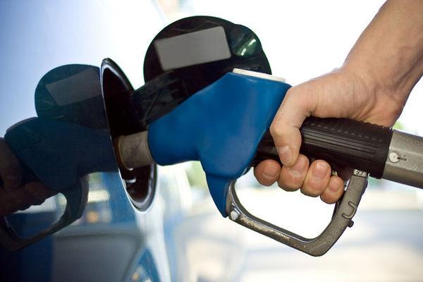 مصرف بنزین ۱۸.۸ درصد رشد کرد/ بیش از ۱۰۰ میلیون لیتر بنزین دود شد