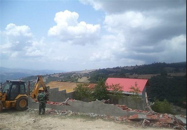 ساخت و سازهای غیرمجاز در اراضی کشاورزی گرگان تخریب میشوند